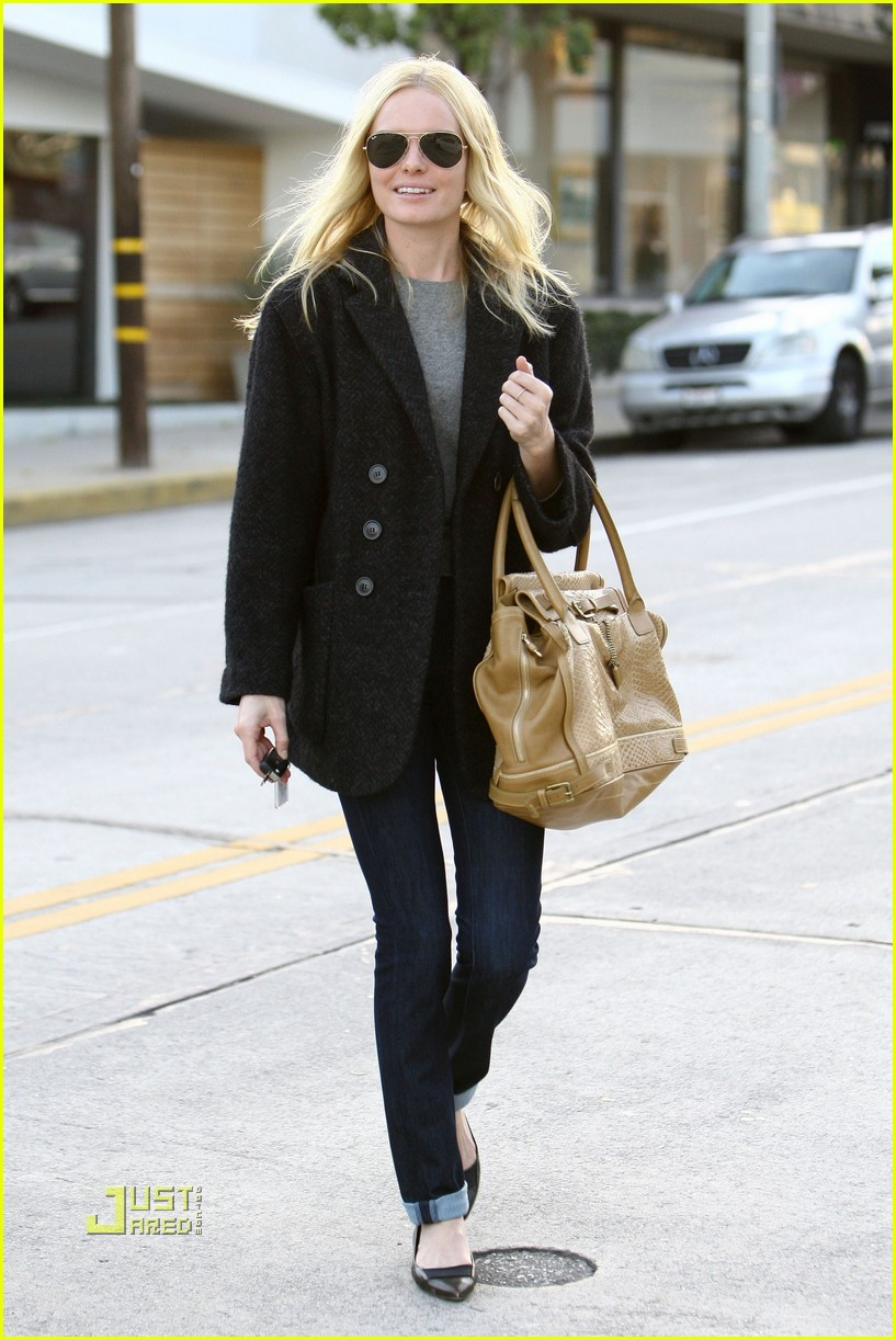 kate bosworth holiday shopping 062402586