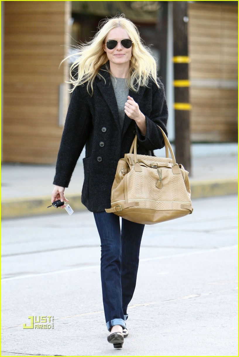 kate bosworth holiday shopping 082402588