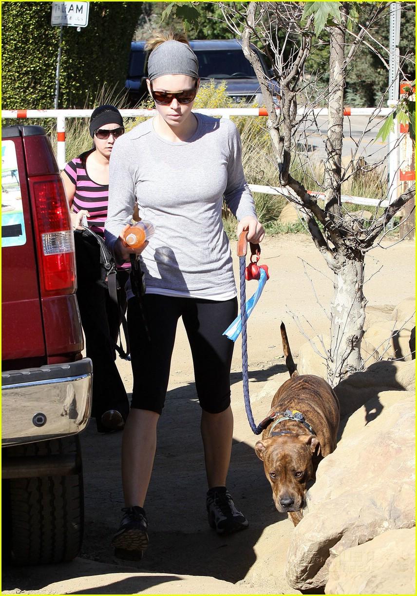 celebrities pets 062403559
