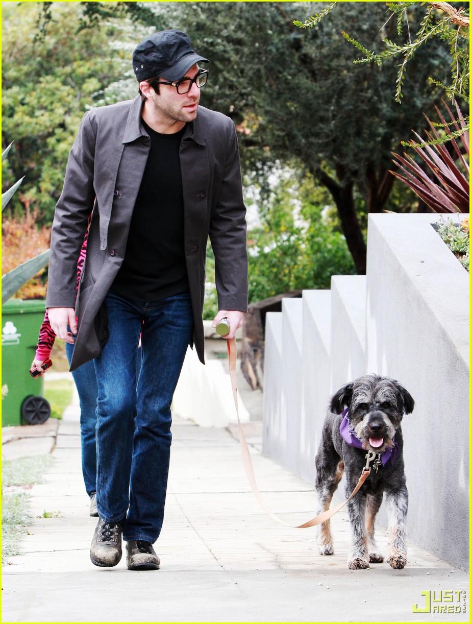 celebrities pets 102403563