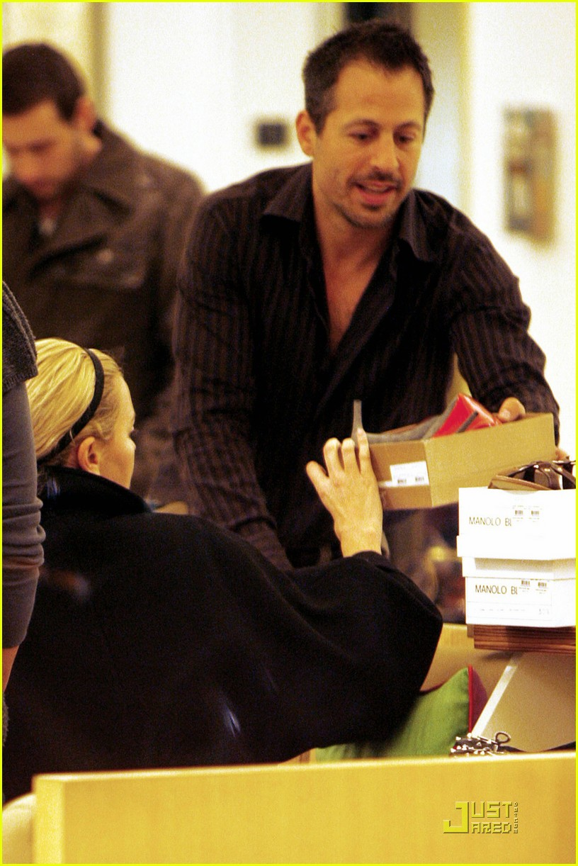 charlize theron gera shopping spree 012404175