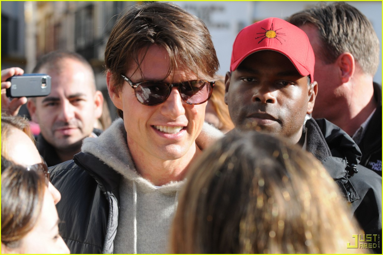 tom cruise cameron diaz wrap knight and day sevilla 03
