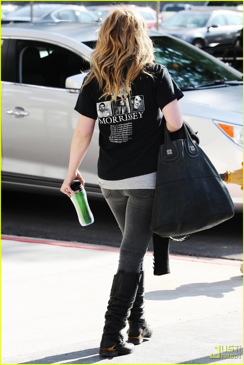 hilary duff morrissey shirt 02