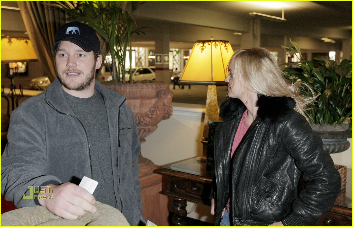 anna faris chris pratt macbook 122402806
