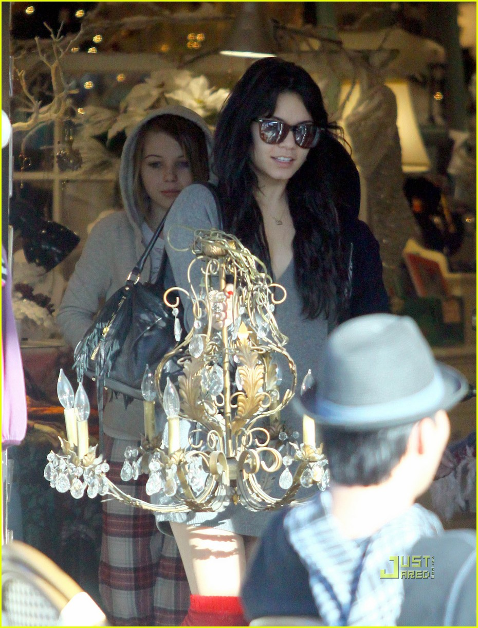 vanessa hudgens christmas eve wrapping paper 032404080