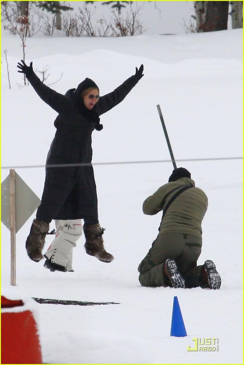 heidi klum seal snowboard lessons 012405189