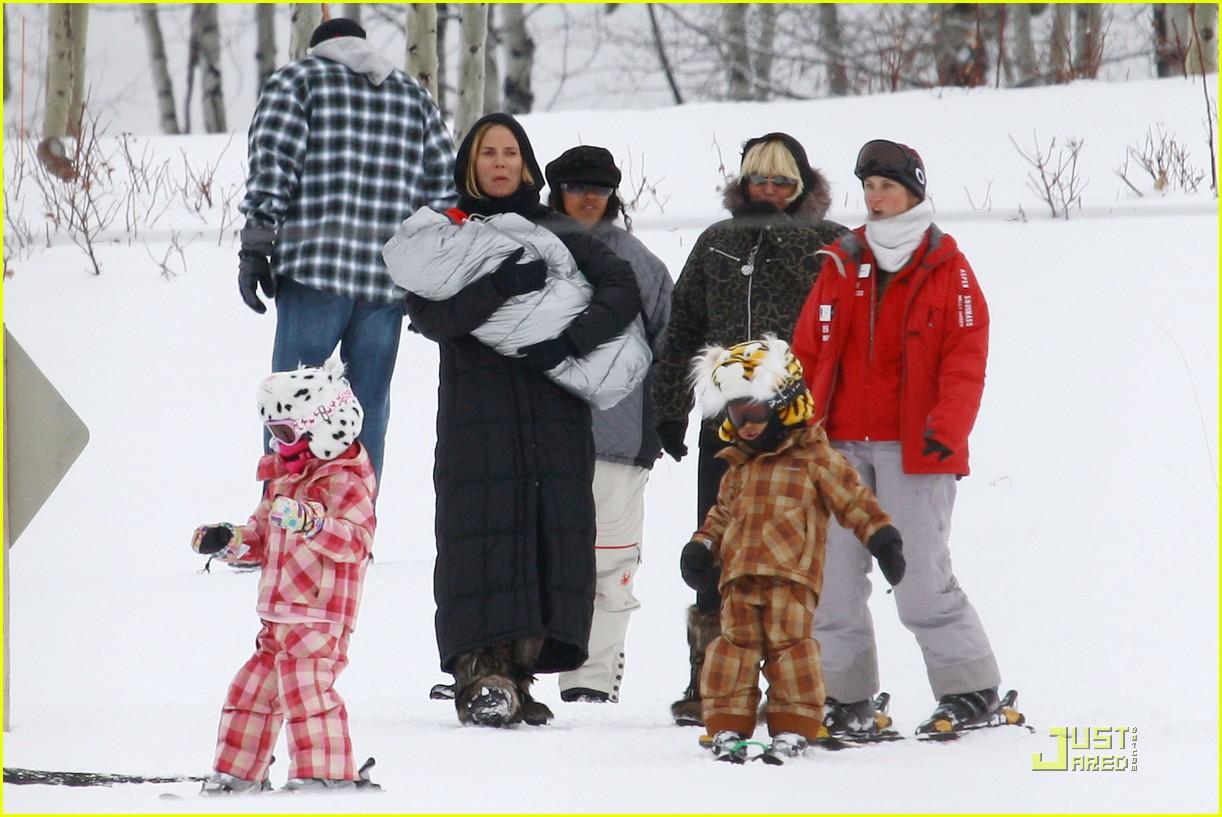heidi klum seal snowboard lessons 072405195