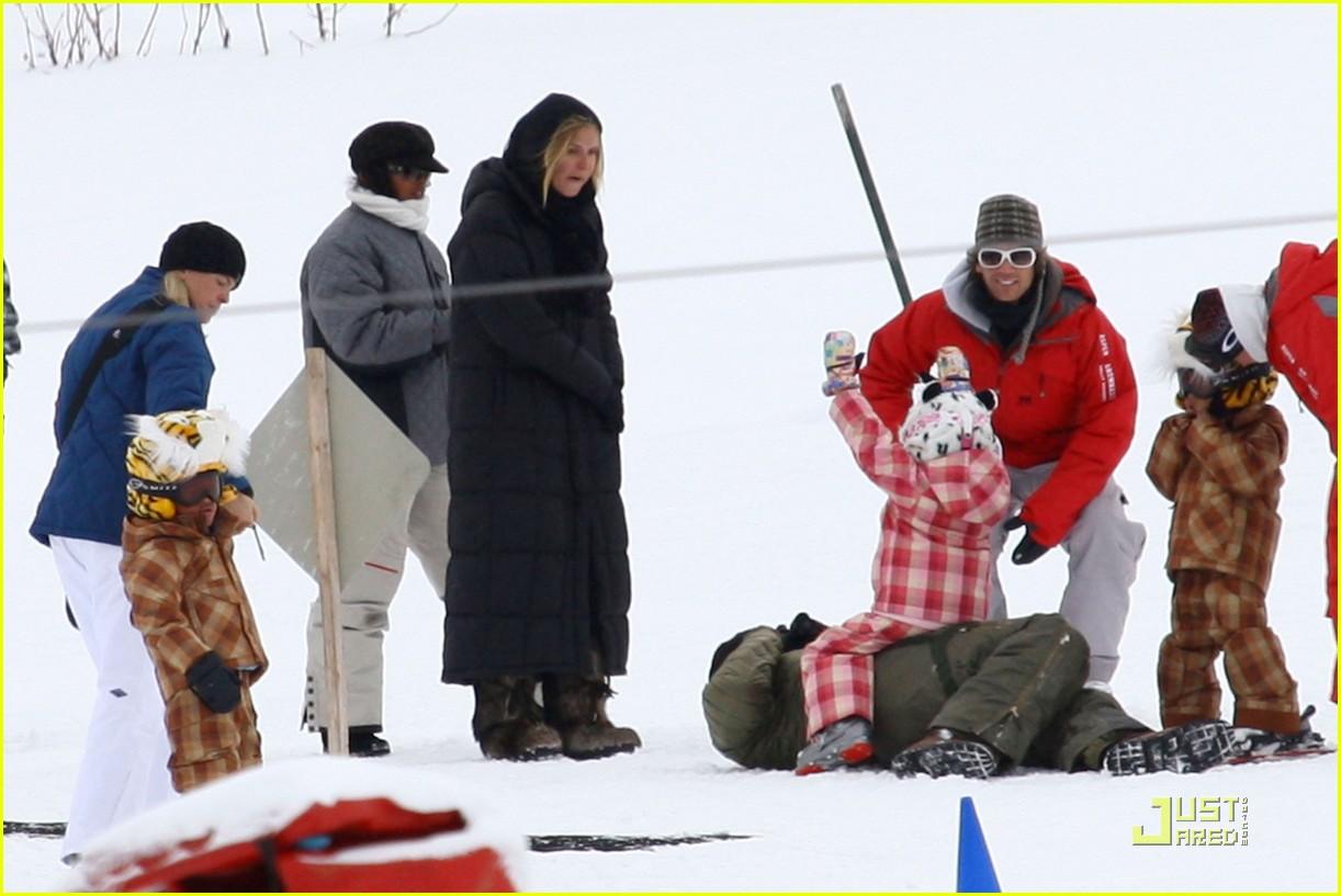 heidi klum seal snowboard lessons 102405198