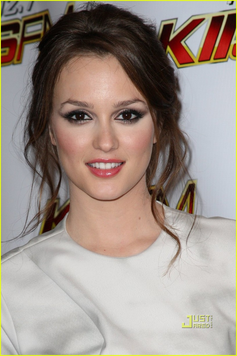 leighton meester jingle ball 07