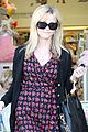 reese witherspoon jenny becs toy store 05
