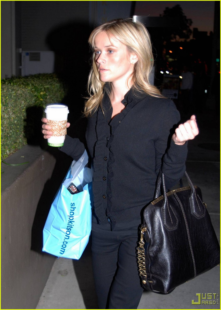 reese witherspoon single shopping kitson 032402450