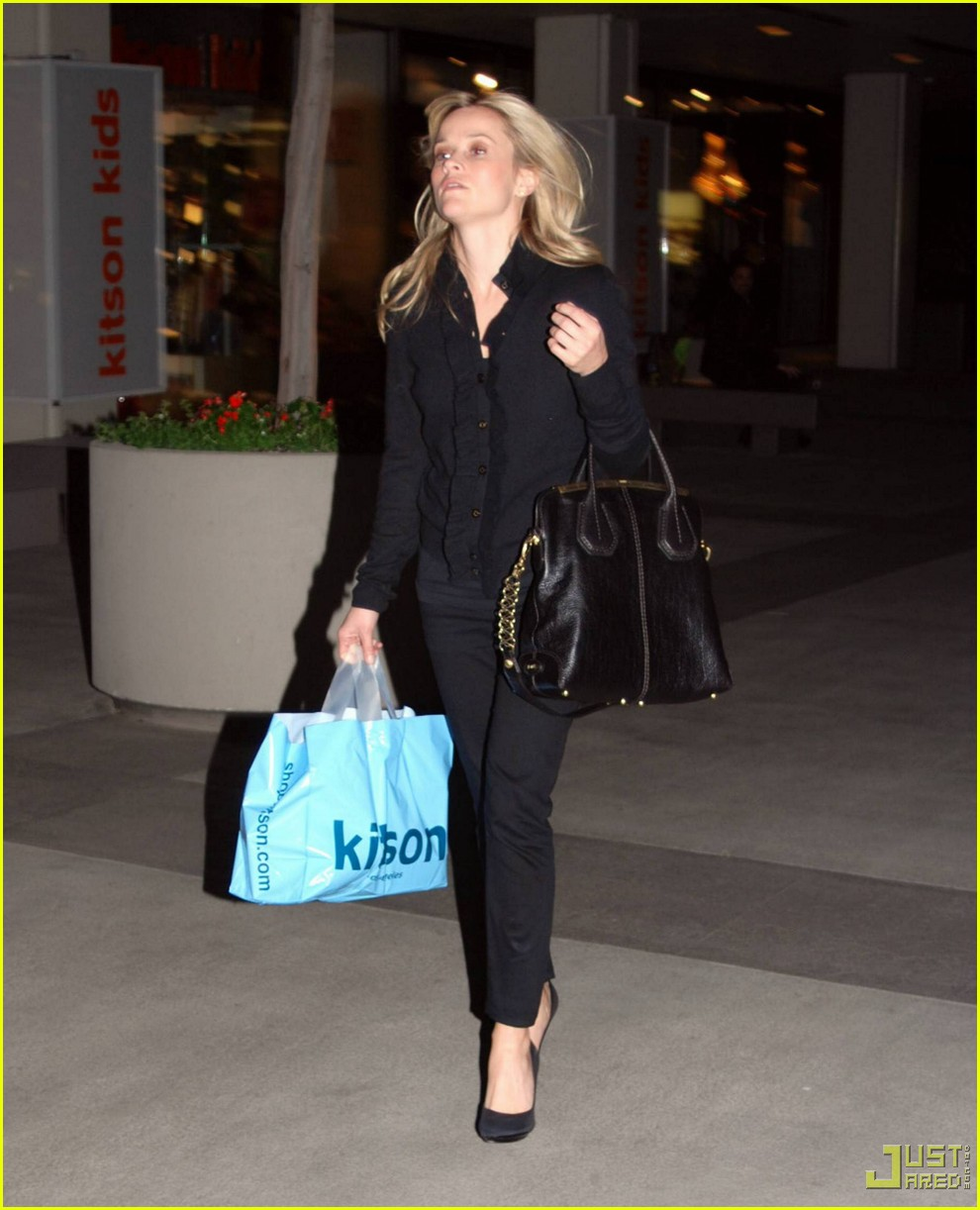 reese witherspoon single shopping kitson 072402454