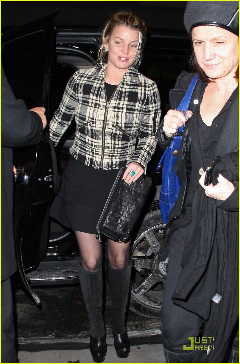 jessica simpson is pretty in plaid 132403704