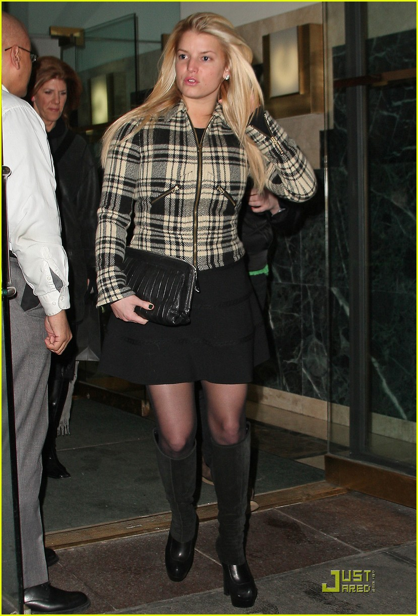 jessica simpson is pretty in plaid 162403707