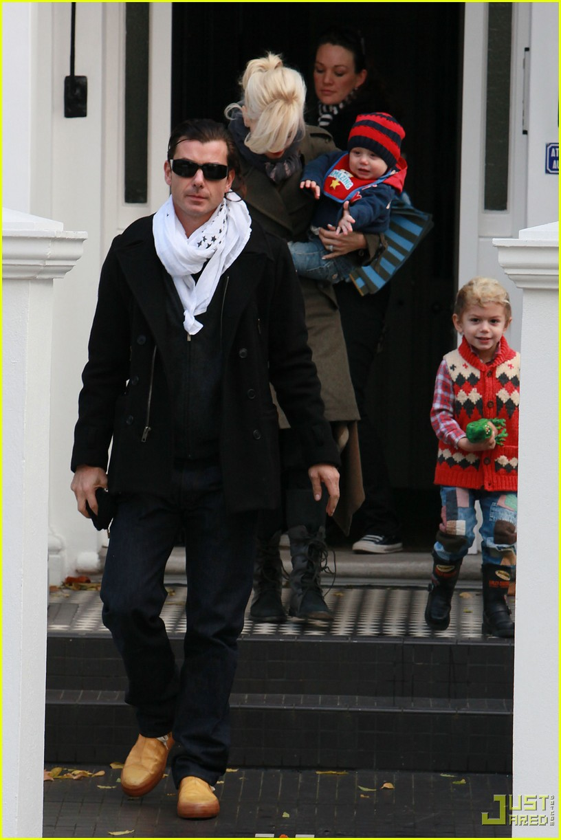 gwen stefani gavin rossdale kingston zuma furniture shopping chelsea 09