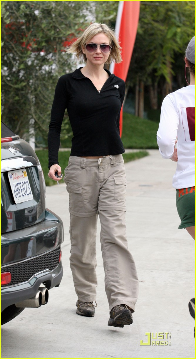 renee zellweger brads mom 242404415