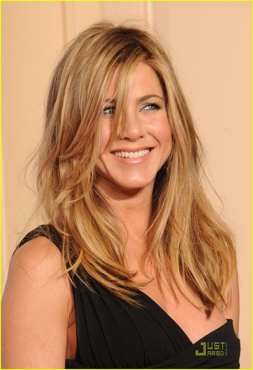 jennifer aniston golden globes 2010 022409402