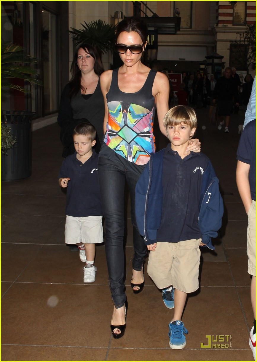 victoria beckham family feature 112406732