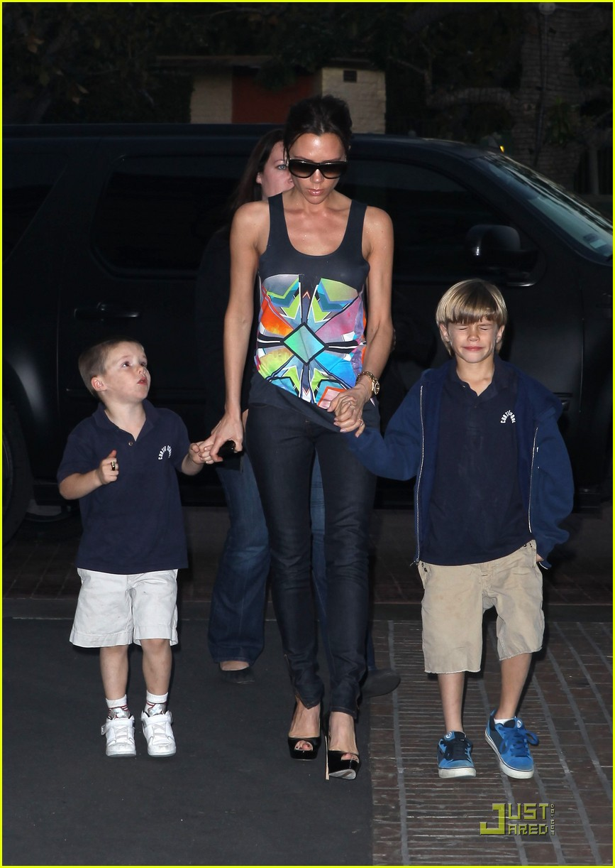 victoria beckham family feature 122406733
