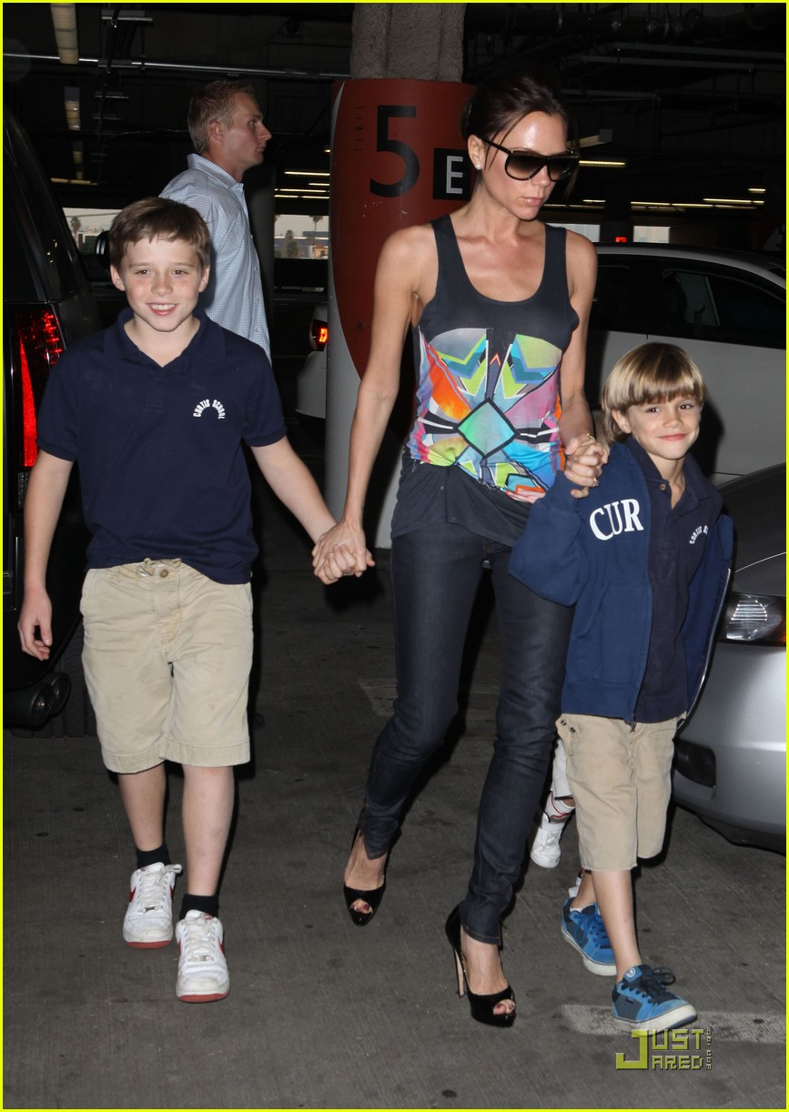 victoria beckham family feature 152406736