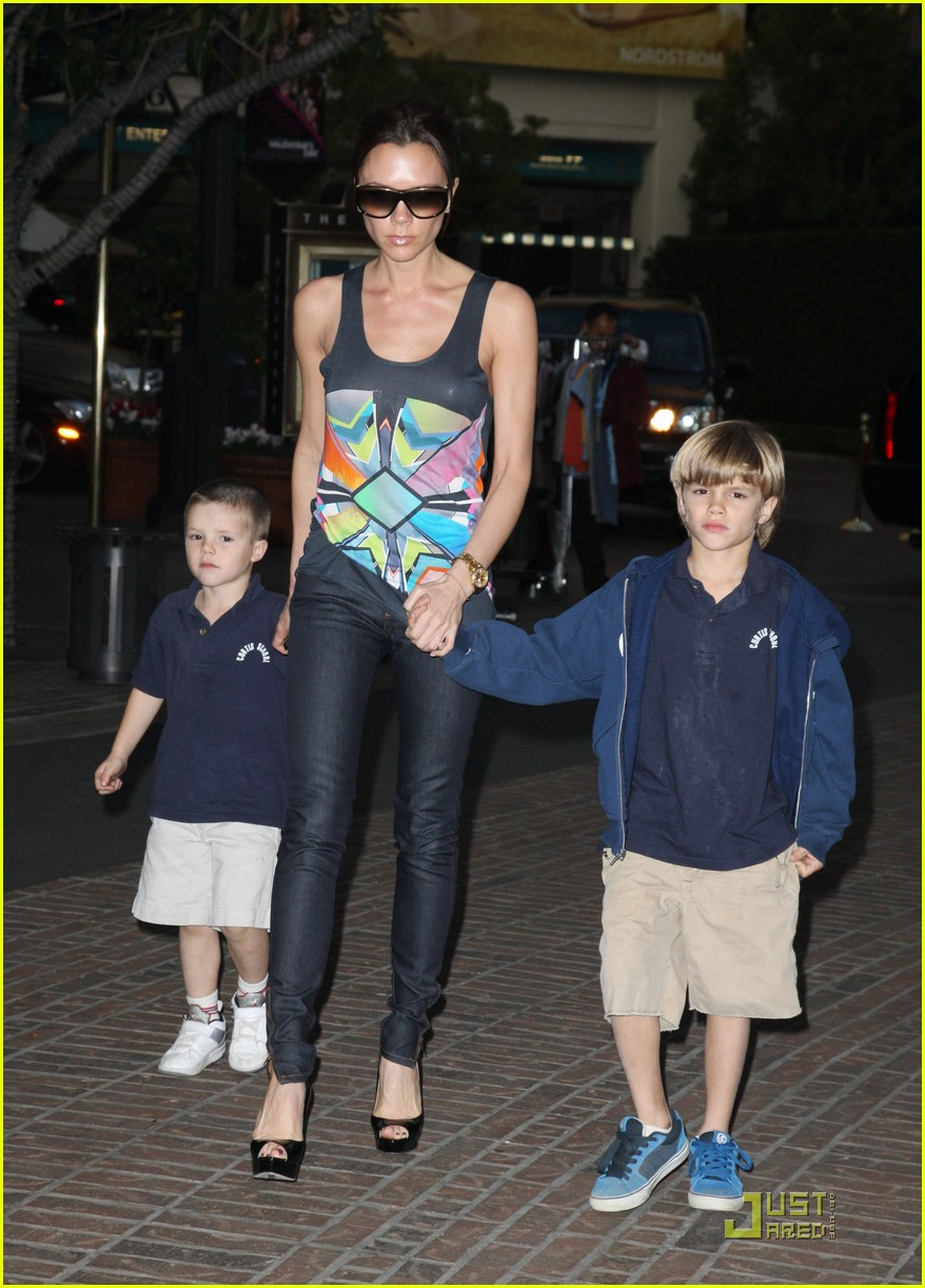 victoria beckham family feature 232406744