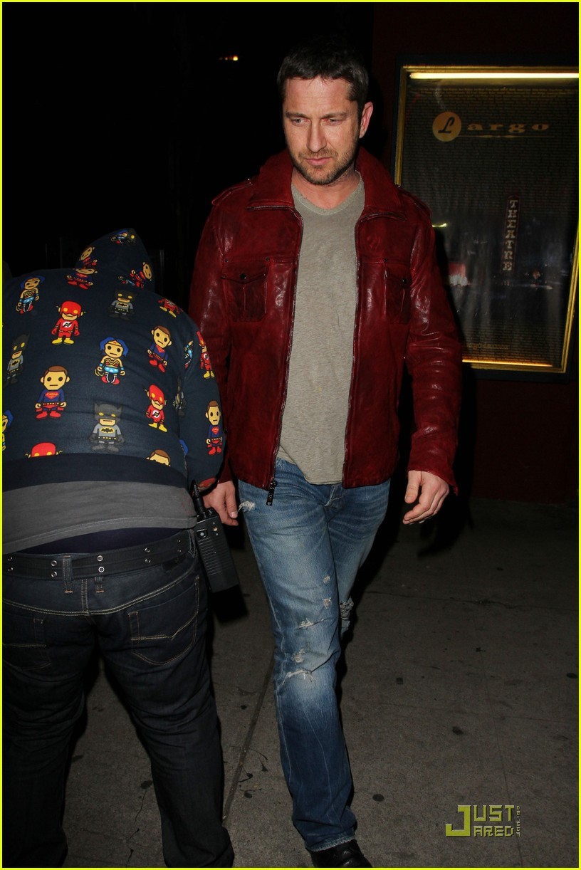 gerard butler cleared battery charges 062406931