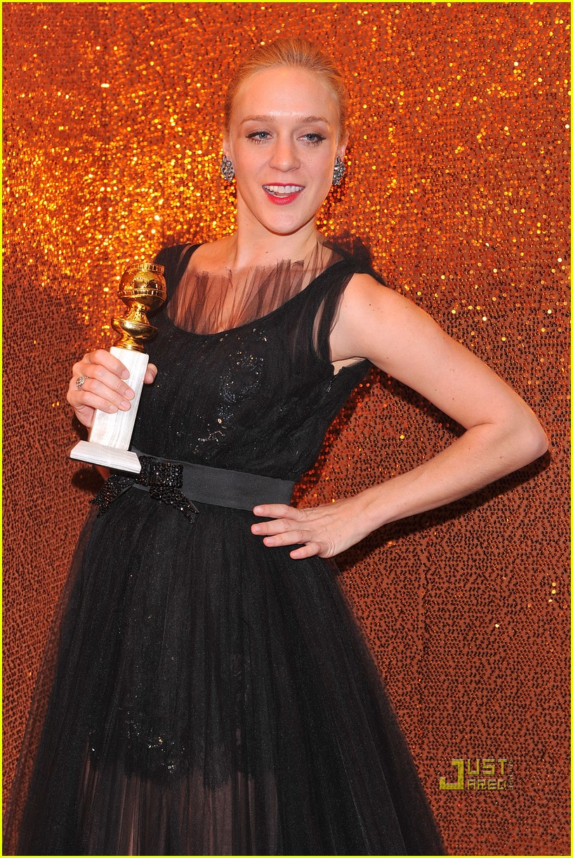 chloe sevigny golden globes best supporting actress 01