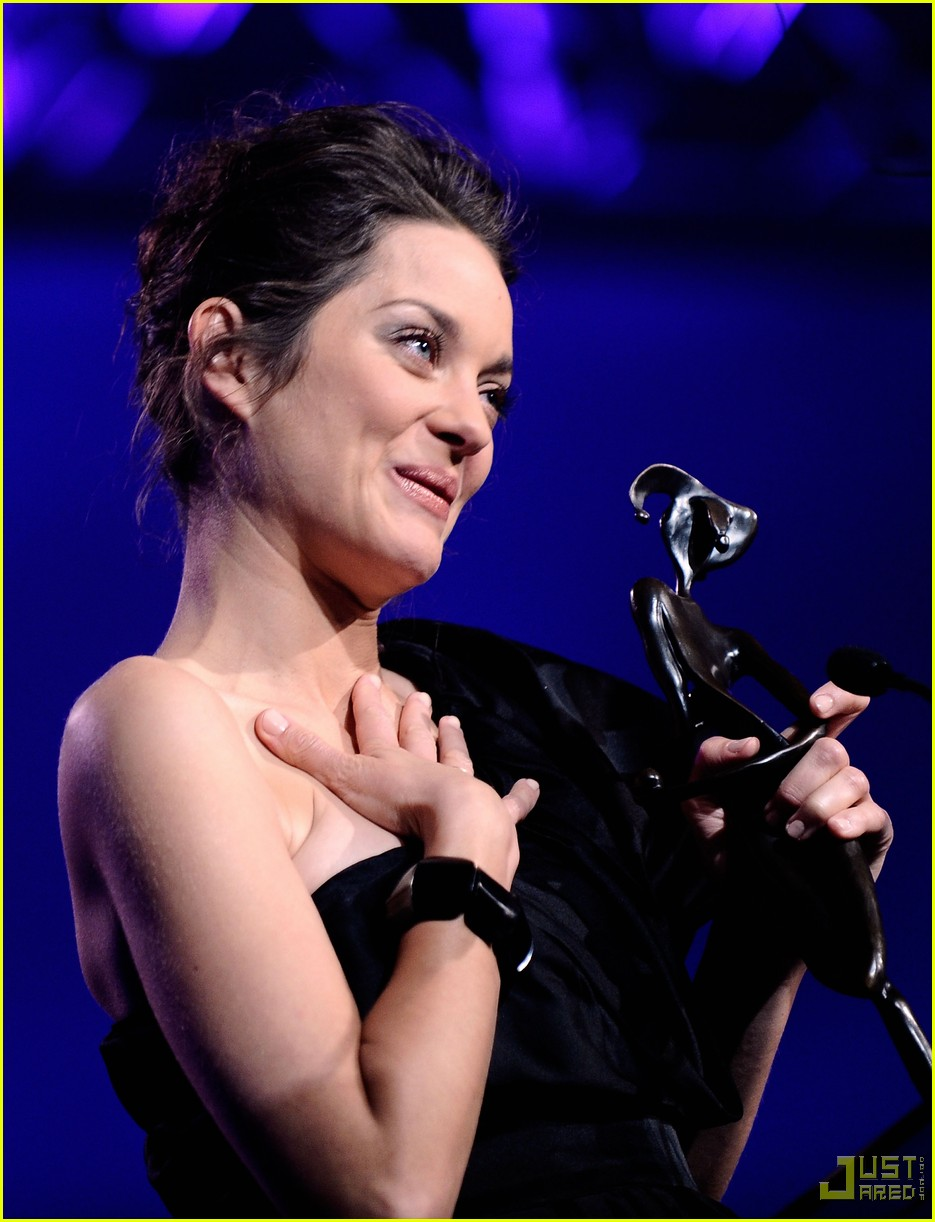 marion cotillard 2010 palm springs international film festival 02