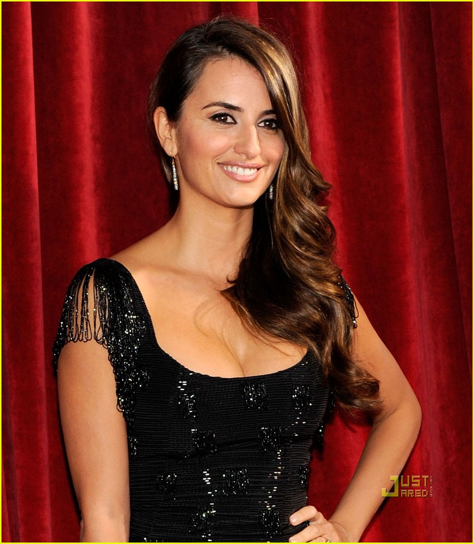 penelope cruz 2010 sag awards 01