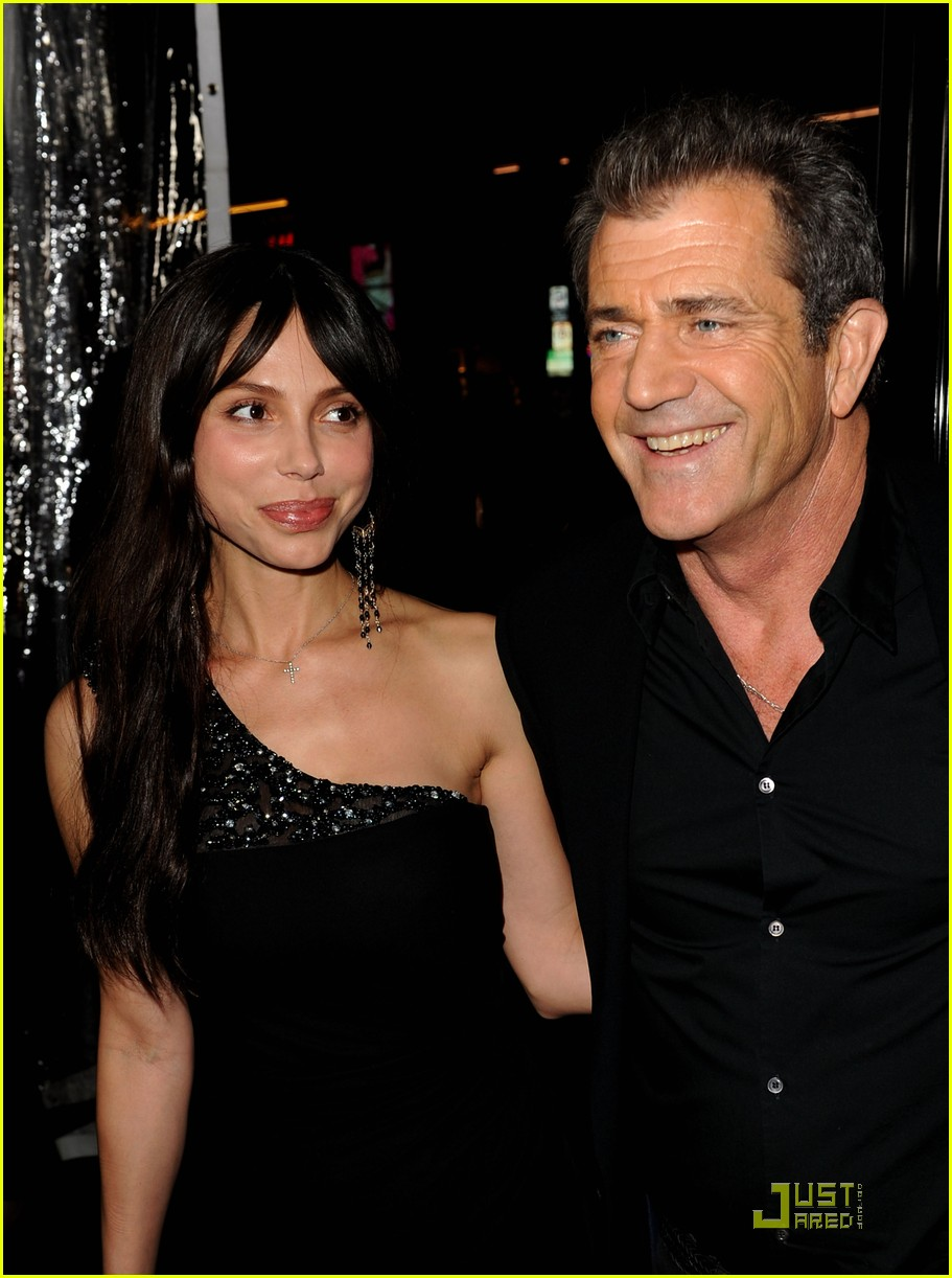 mel gibson is on the edge of darkness 202411851