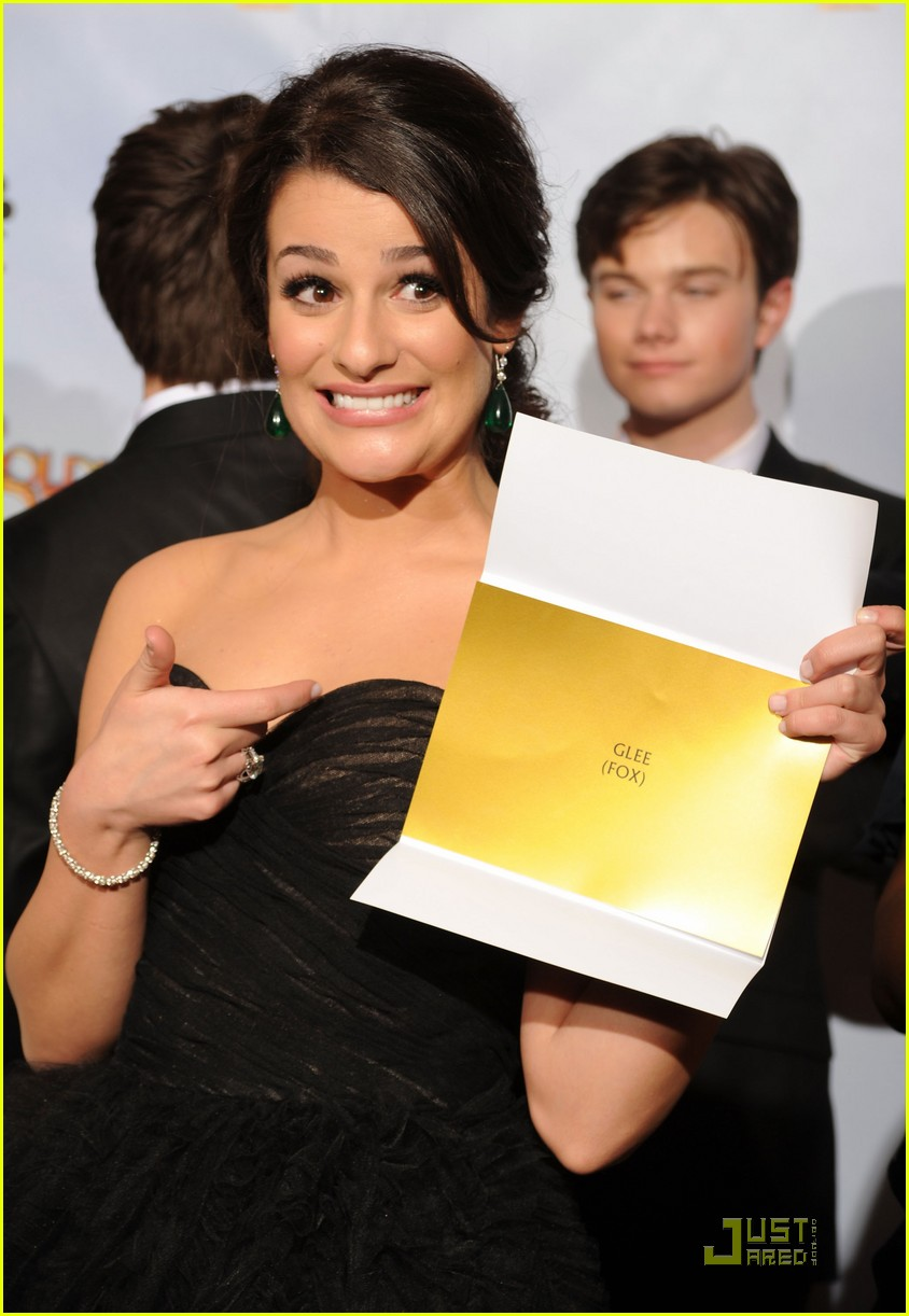 glee wins golden globes 17