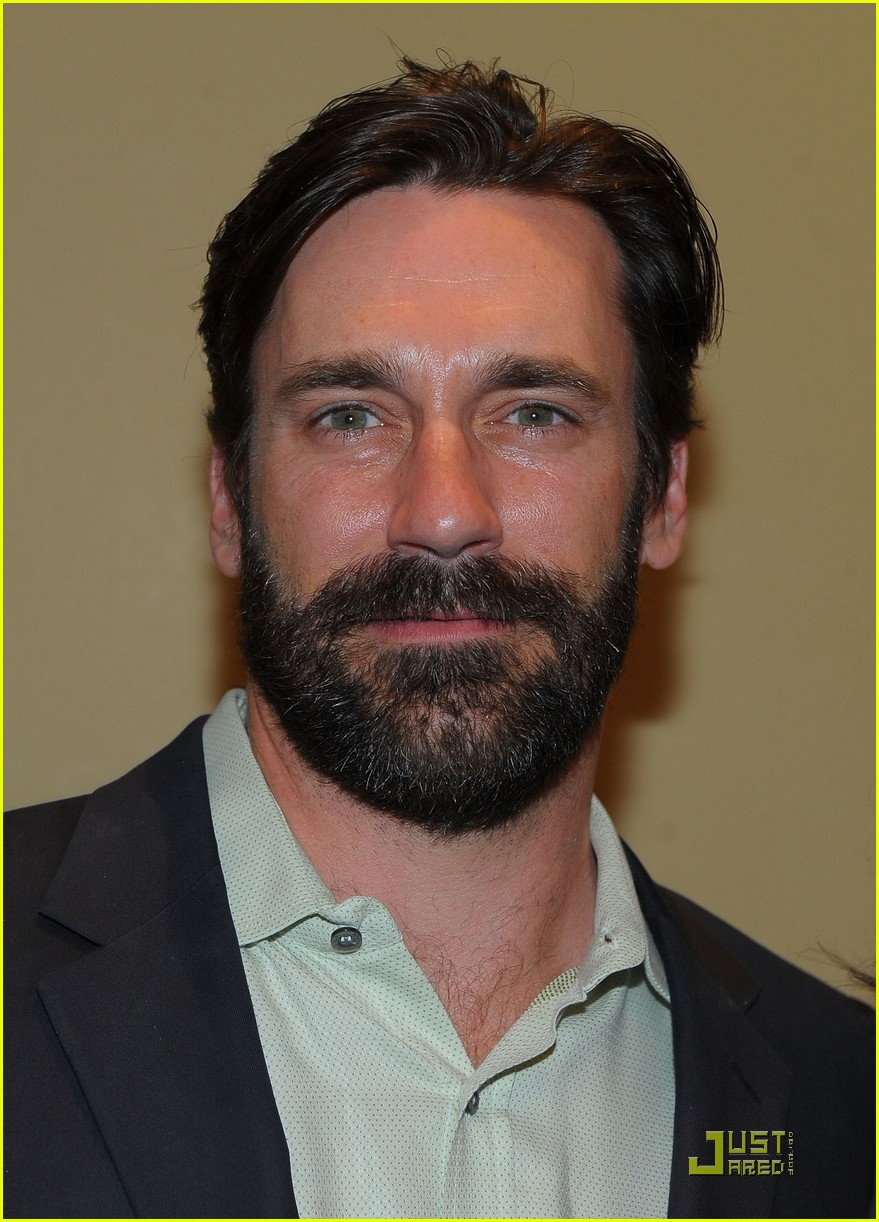 jon hamm boasts a beard 022408210