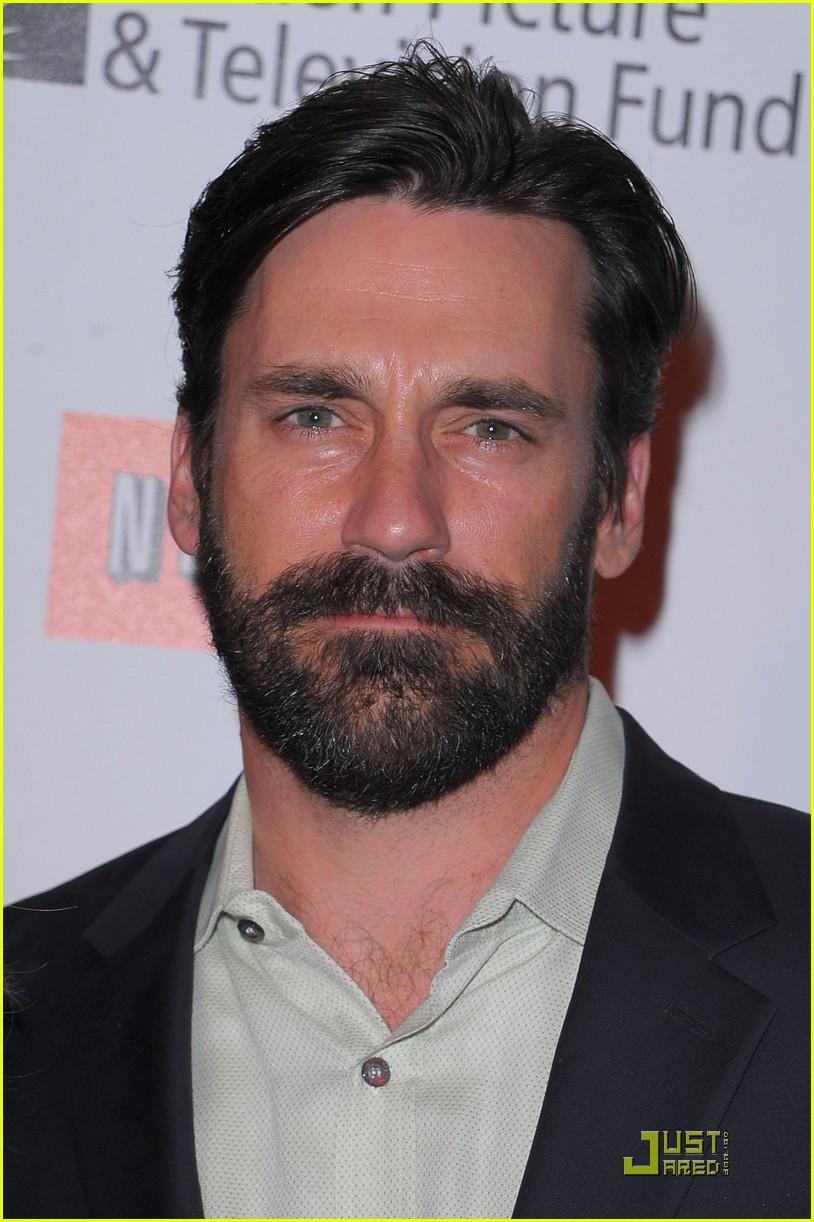 jon hamm boasts a beard 062408214