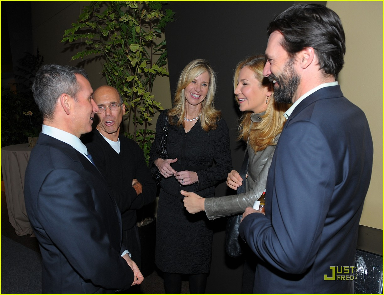 jon hamm boasts a beard 112408219