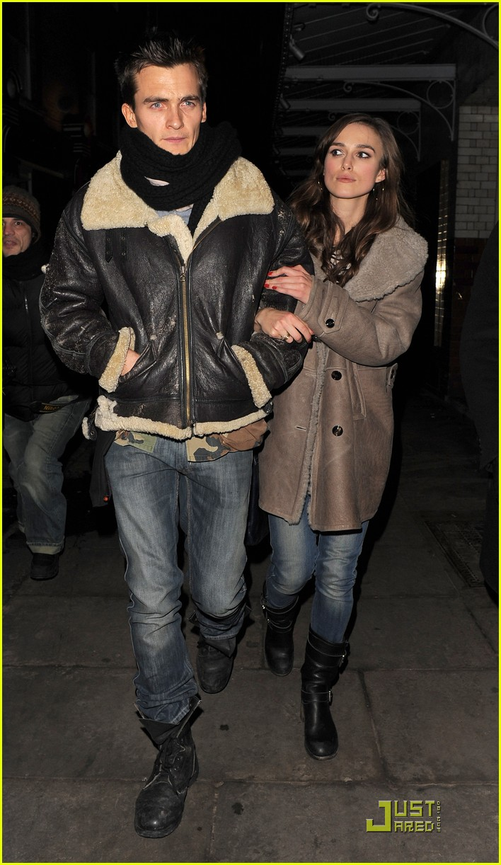 keira knightley rupert friend dinner date 132407905