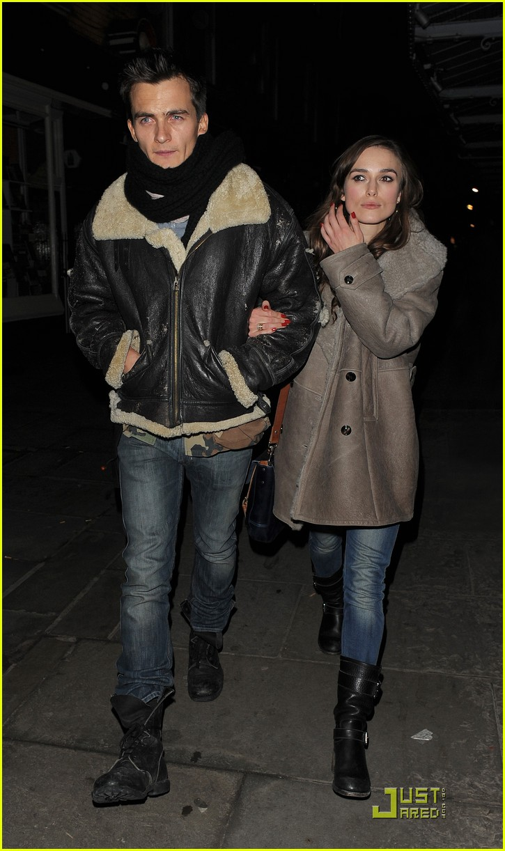 keira knightley rupert friend dinner date 152407907