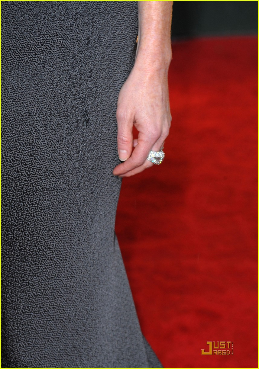 julianne moore golden globes 2010 05