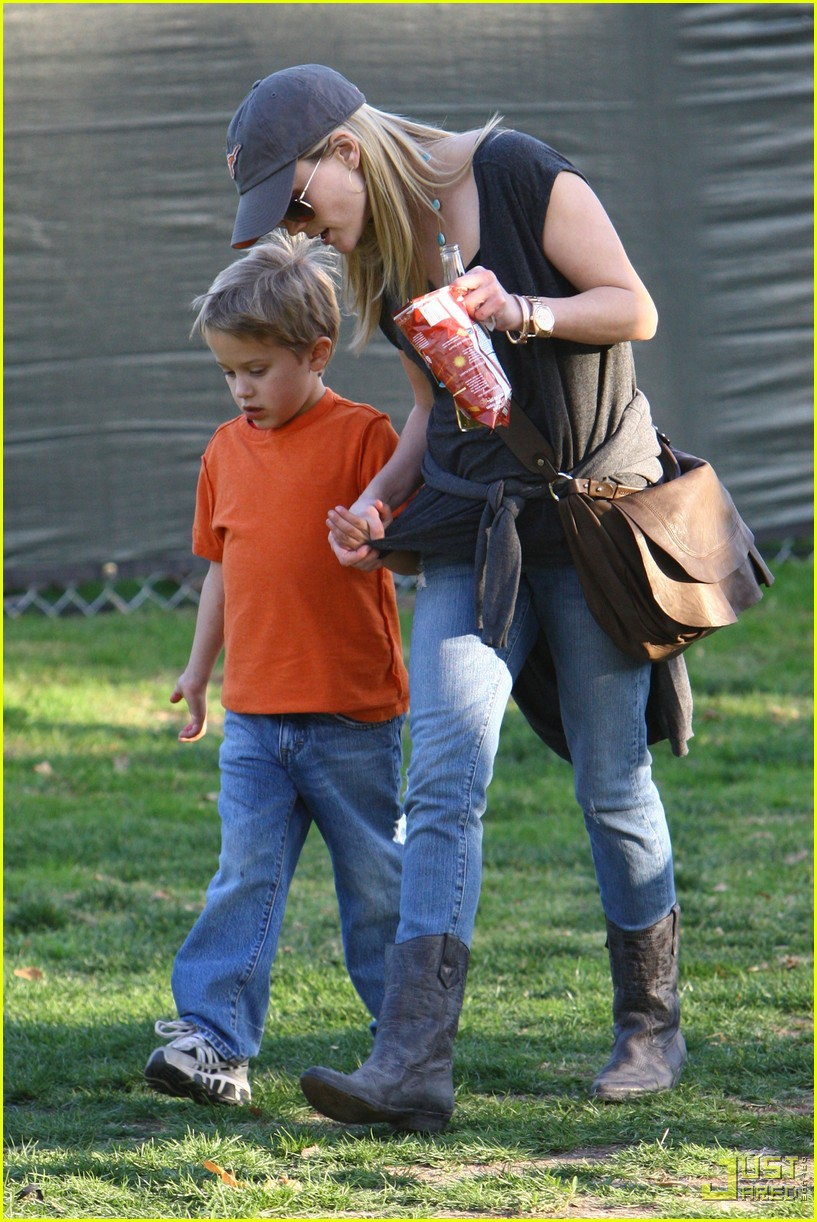 reese witherspoon deacon phillippe national championship game longhorns 012406951