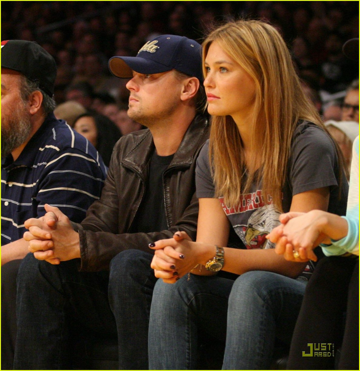 leonardo dicaprio bar refaeli lakers lovers 032410195