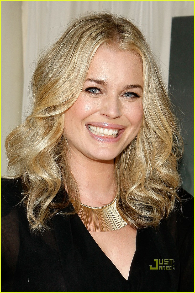 rebecca romijn great gallon give milk mustache 032407732