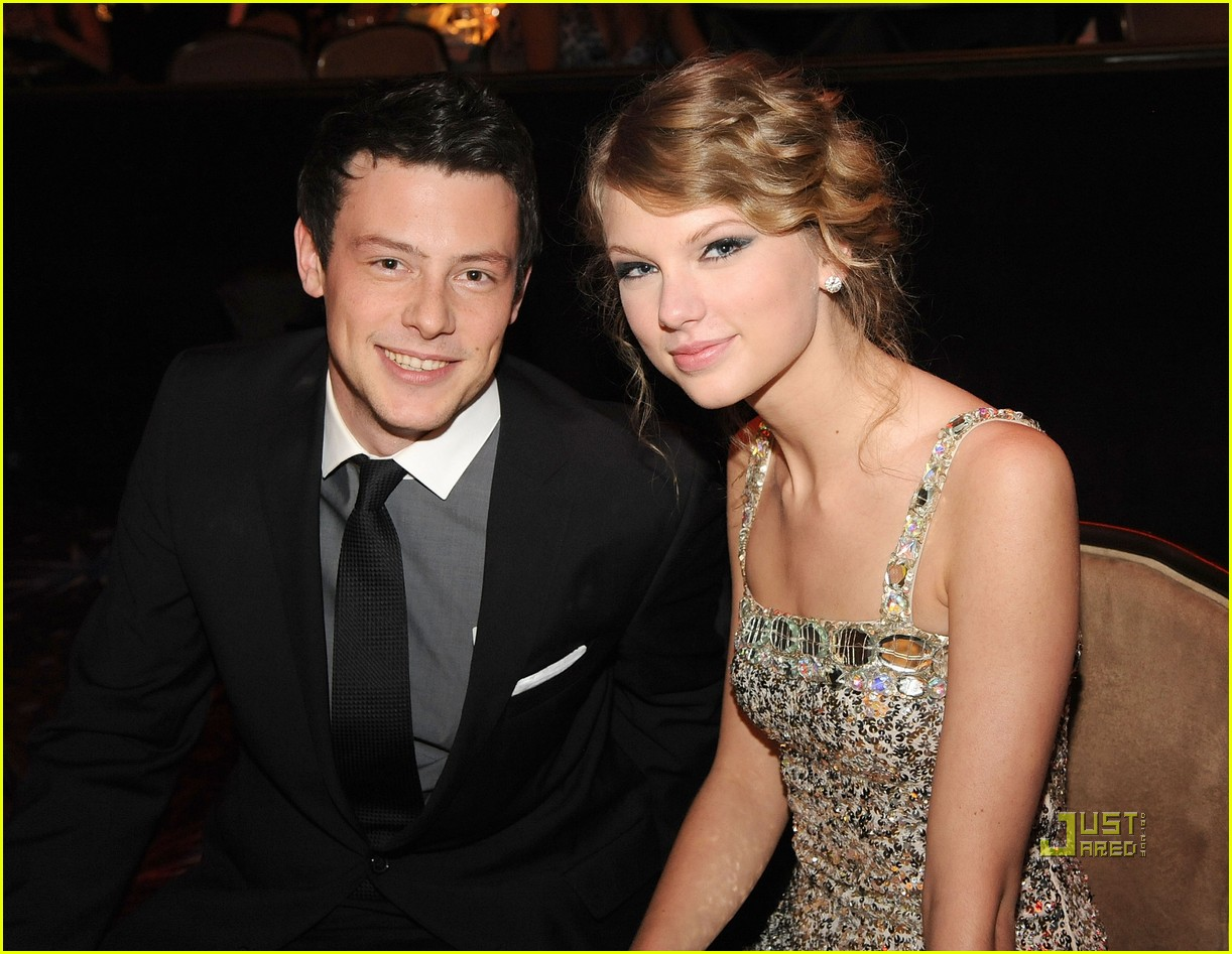 taylor swift cory monteith grammys party clive davis 042412885