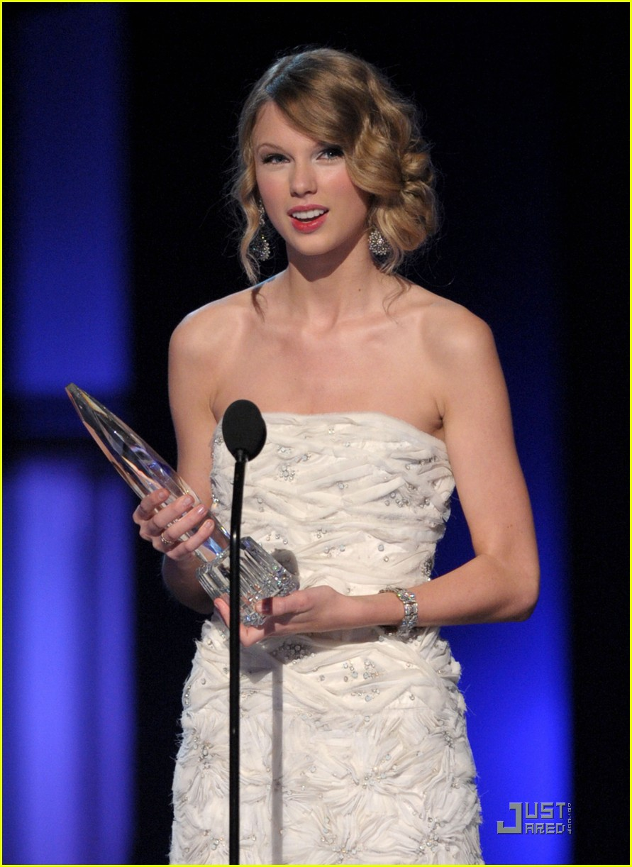 taylor swift peoples choice 2010 042406656