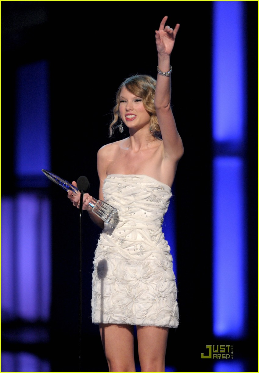 taylor swift peoples choice 2010 062406658