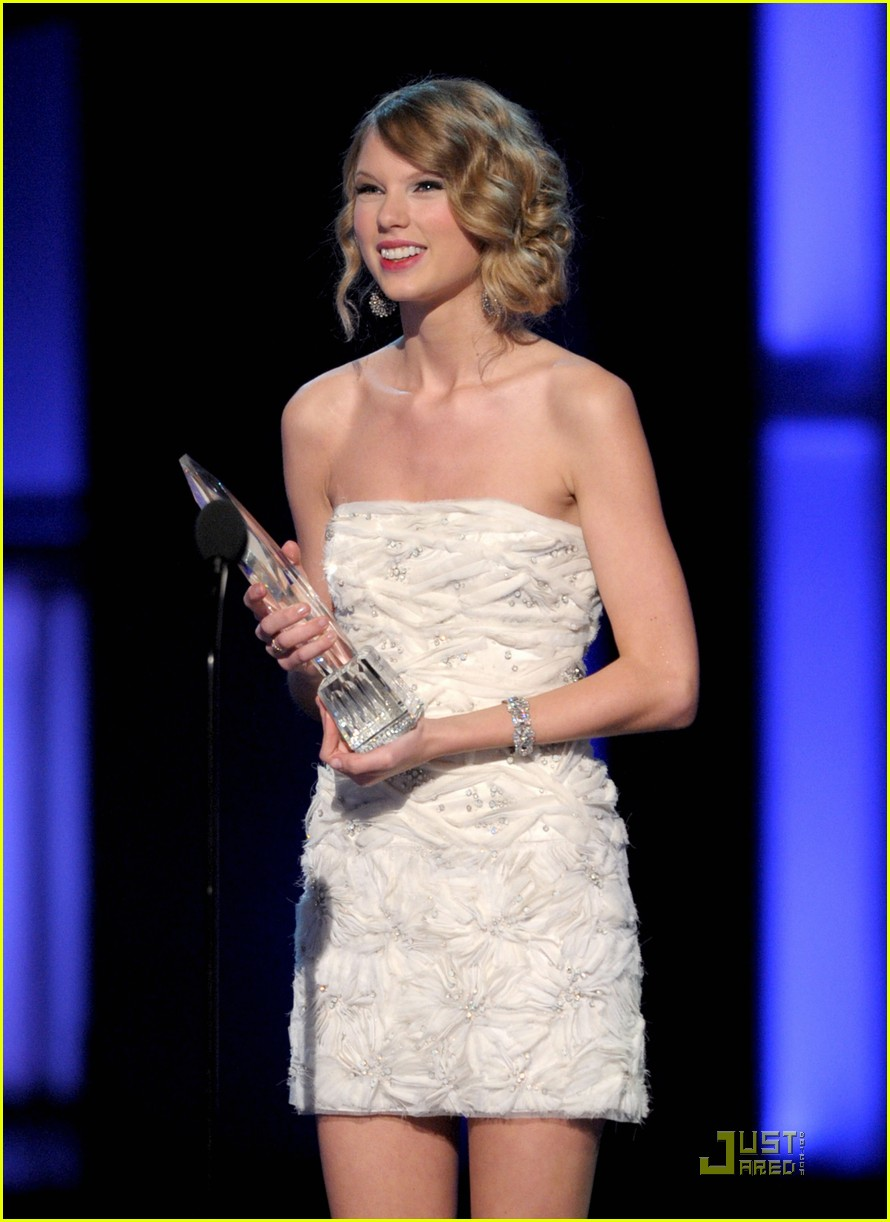 taylor swift peoples choice 2010 082406660