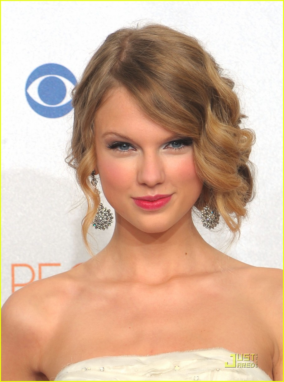 taylor swift peoples choice 2010 132406665