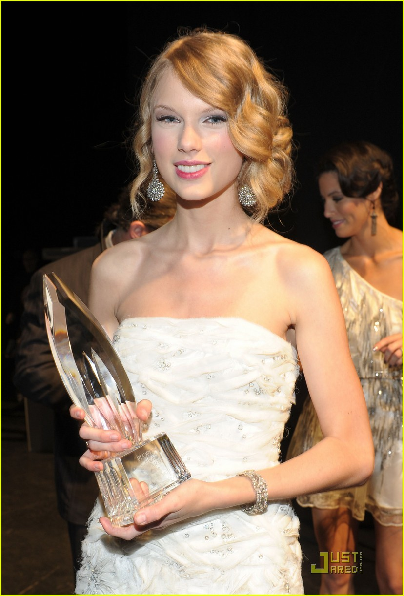 taylor swift peoples choice 2010 142406666