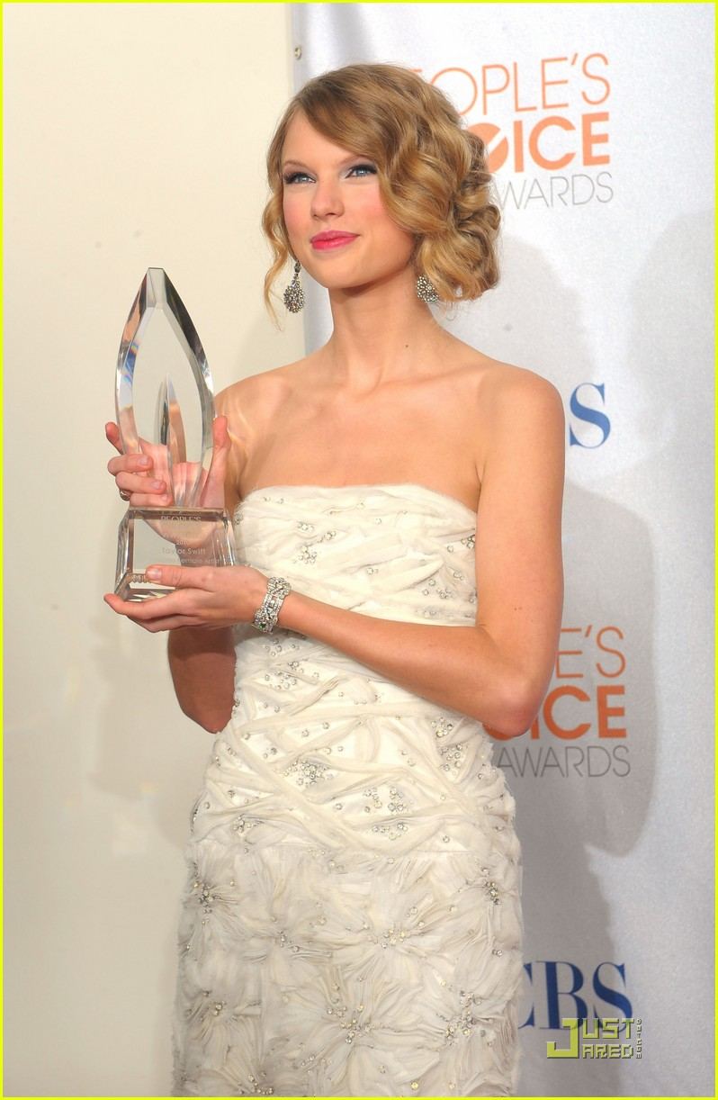 taylor swift peoples choice 2010 162406668