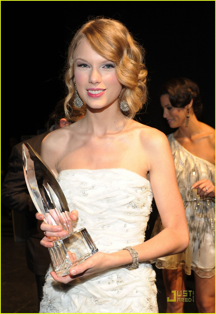 taylor swift peoples choice 2010 252406677