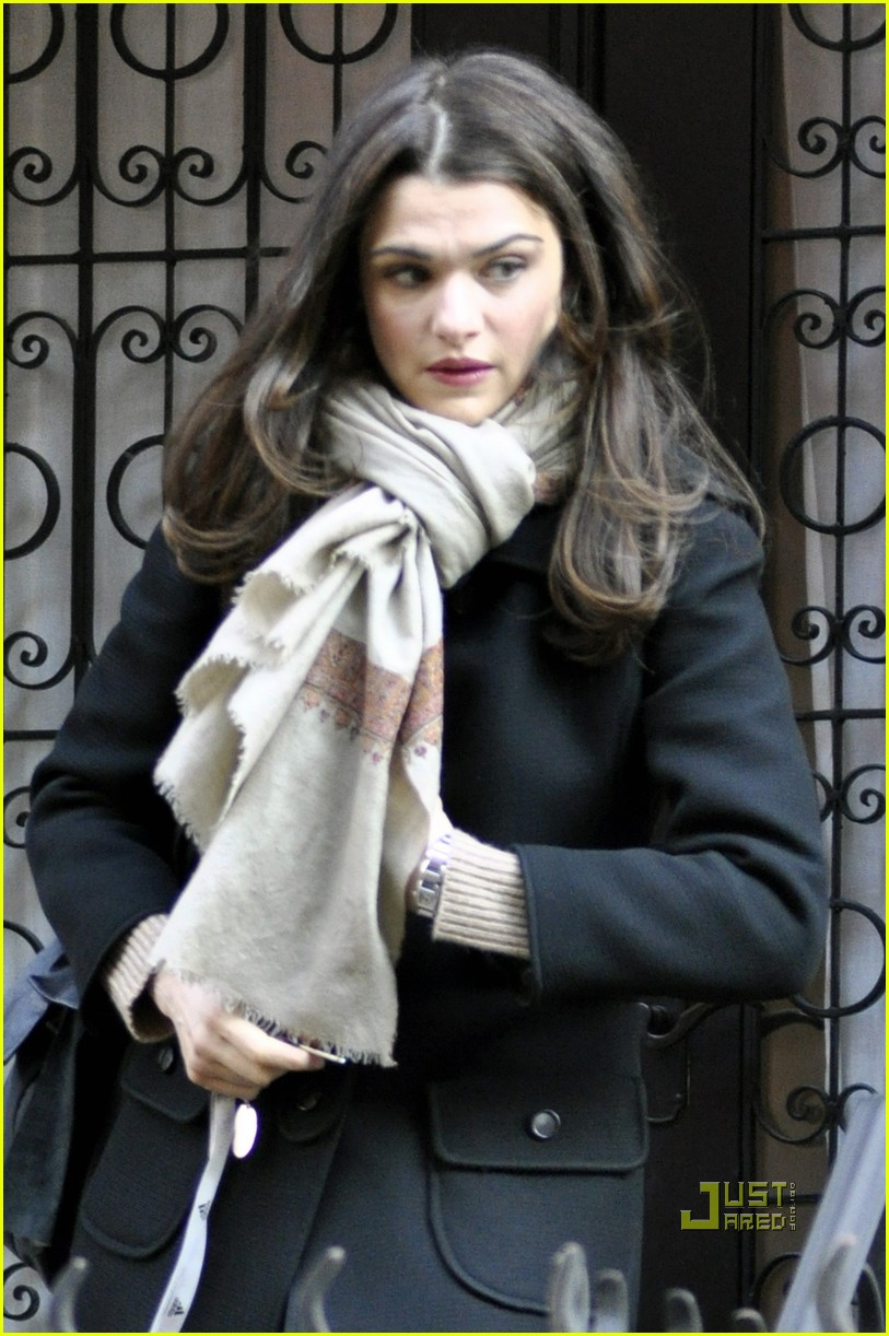 rachel weisz the view 032408335