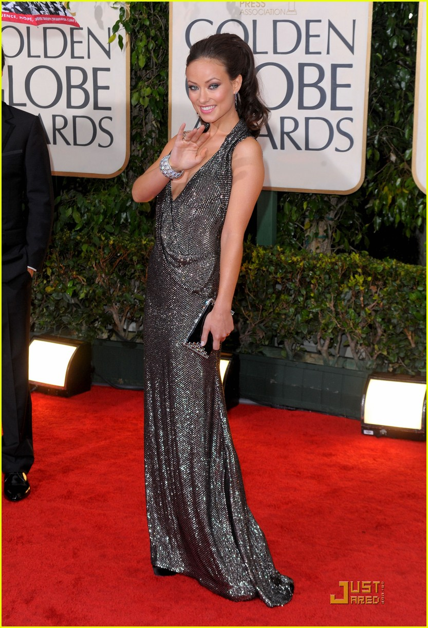 olivia wilde 2010 golden globe awards red carpet 012409126